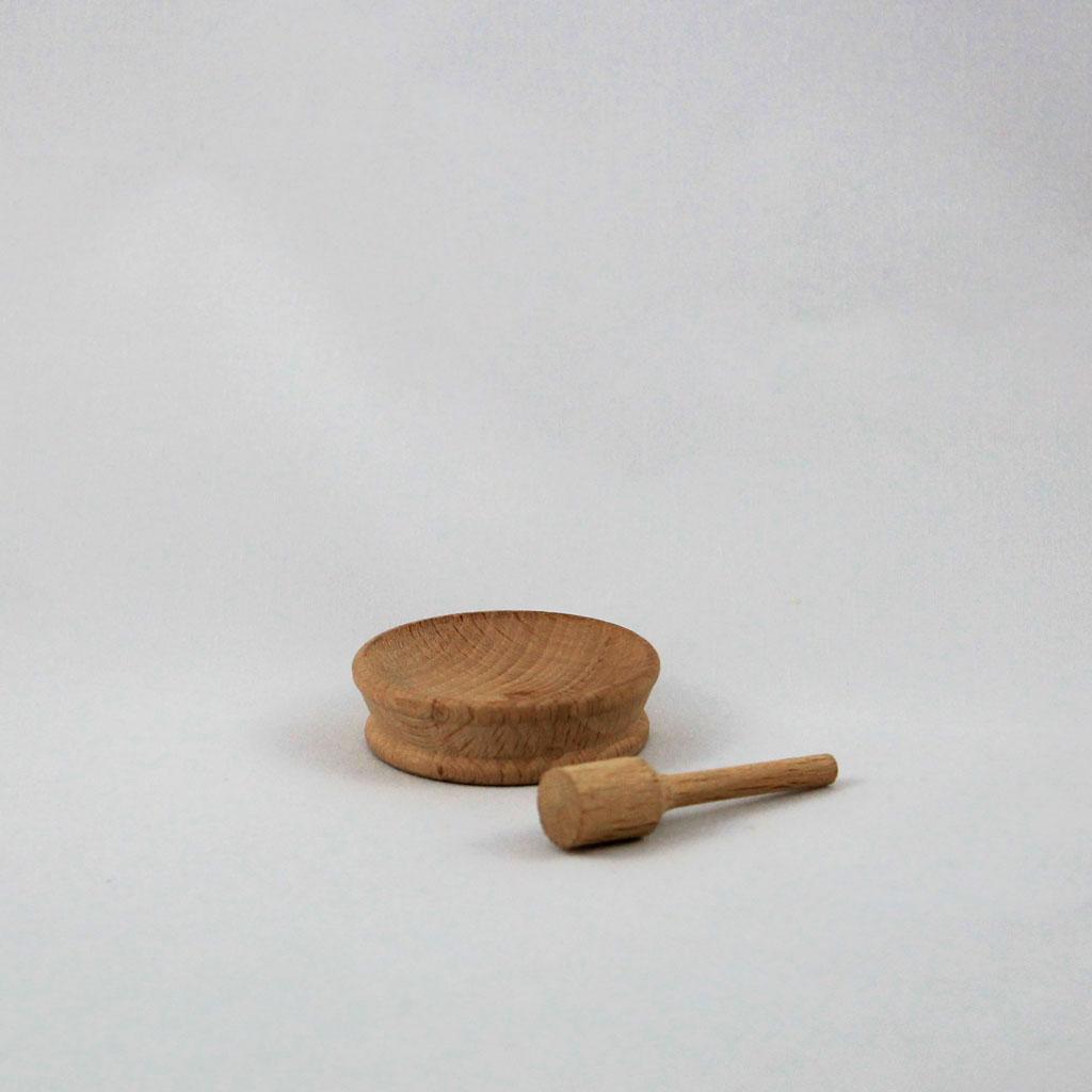 Passamaneria oggetti legno vari 8