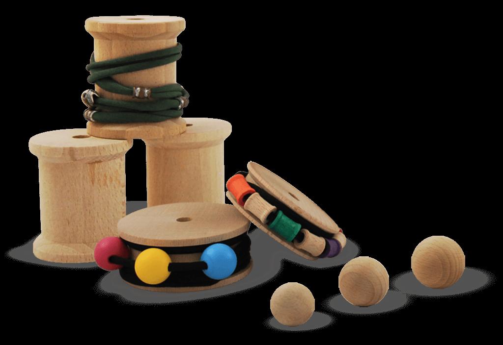 Vari accessori in legno moda